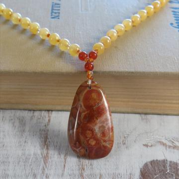 Handmade Mexican Bird's eye rhyolite necklace