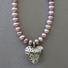 necklace-pearls-thai-heart-3.jpg