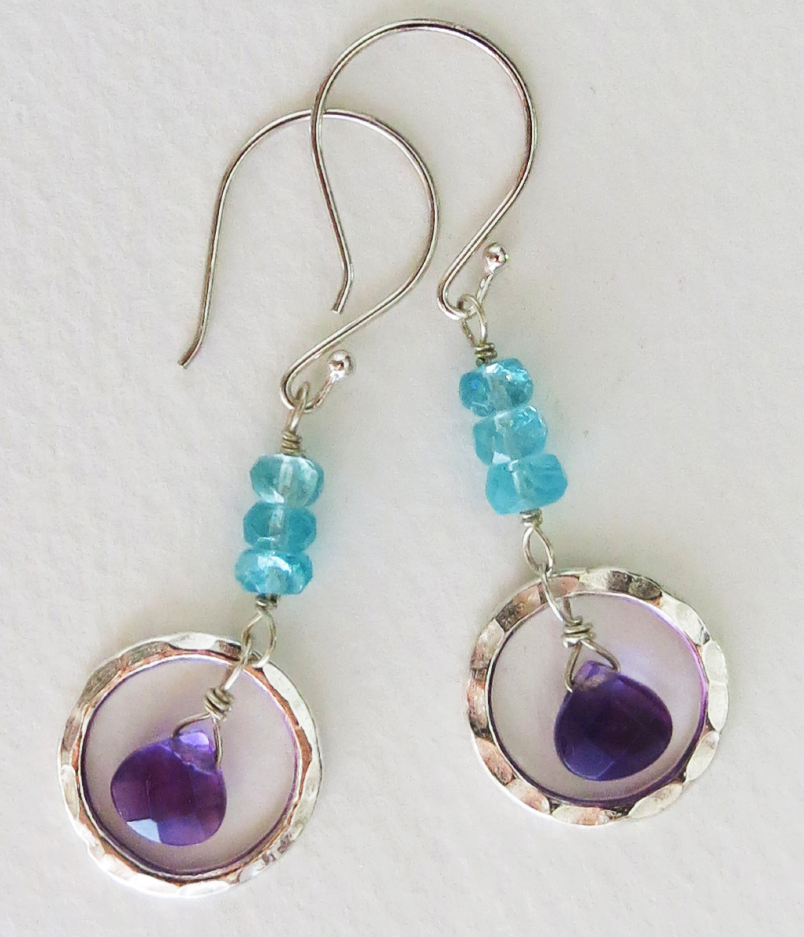 aqua earrings lyst kendra and apatite scott gallery plated jewelry brass juniper